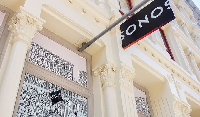 Sonos витрина магазина в Сохо