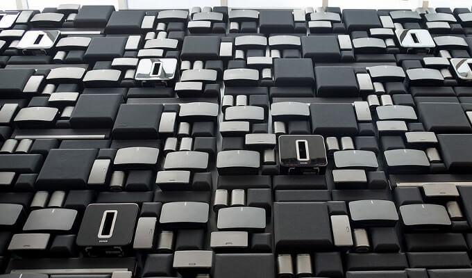Стена из акустических систем Sonos